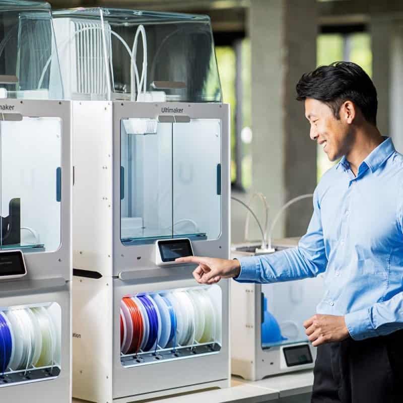 เครื่องพิมพ์ 3 มิติ Ultimaker-S5-Pro-Bundle-huge-capacity-enabling-up-to-24-7-3D-printing